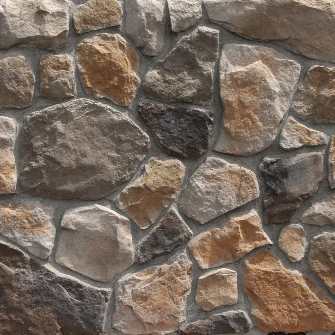 Aspen Rubble Fieldstone MW Stone Veneer from Environmental StoneWorks