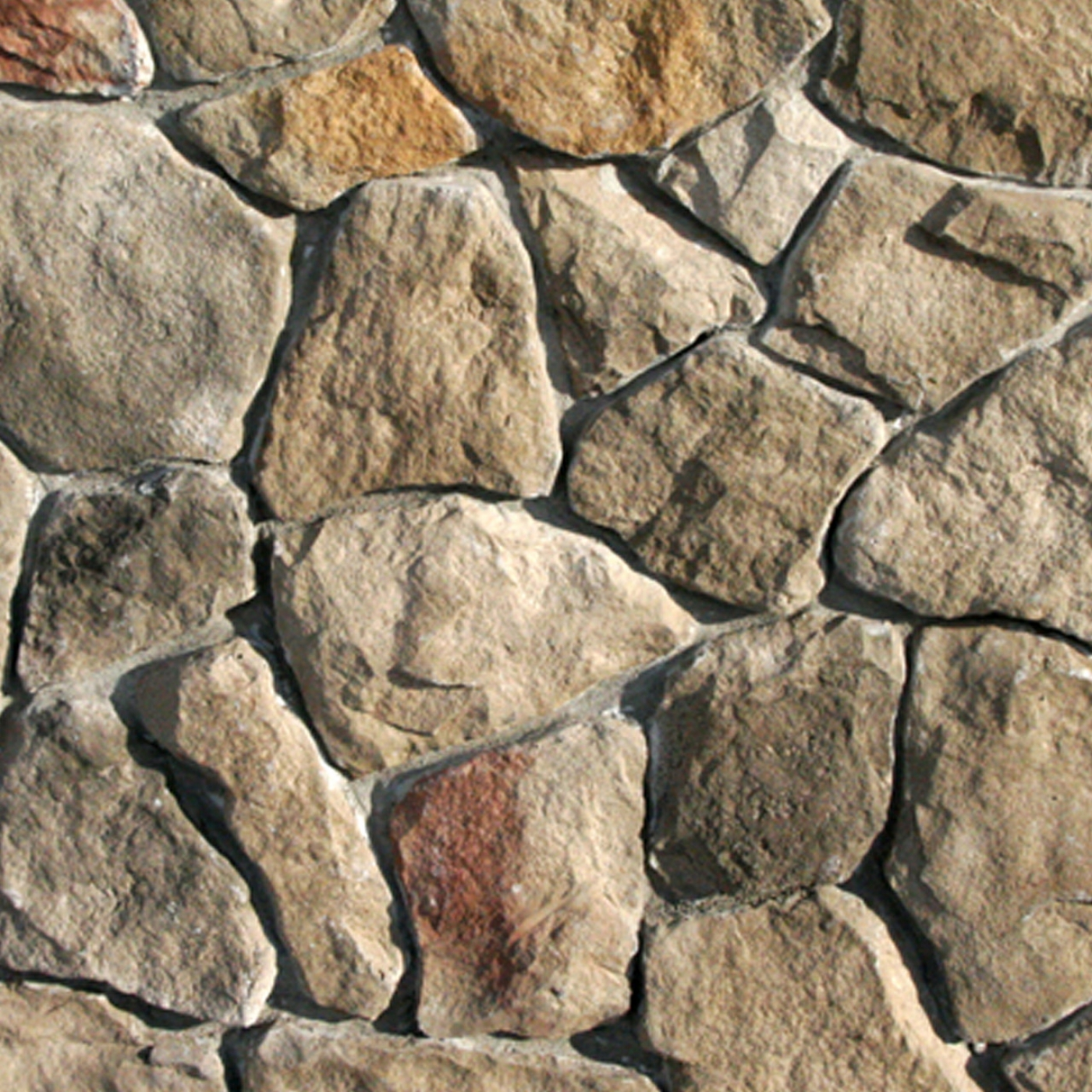 Chardonnay Rubble Fieldstone Stone Veneer from Environmental StoneWorks