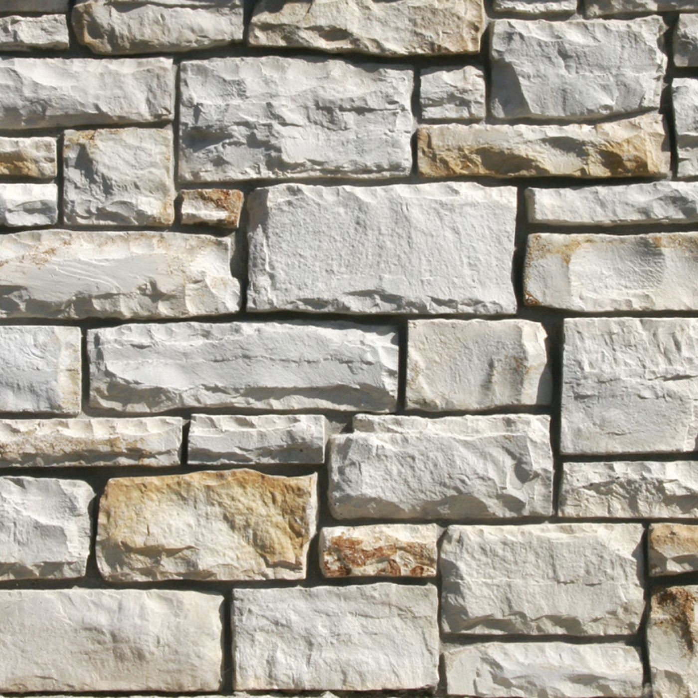 Fond Du Lac Country Squire Cut Stone Stone Veneer from Environmental StoneWorks