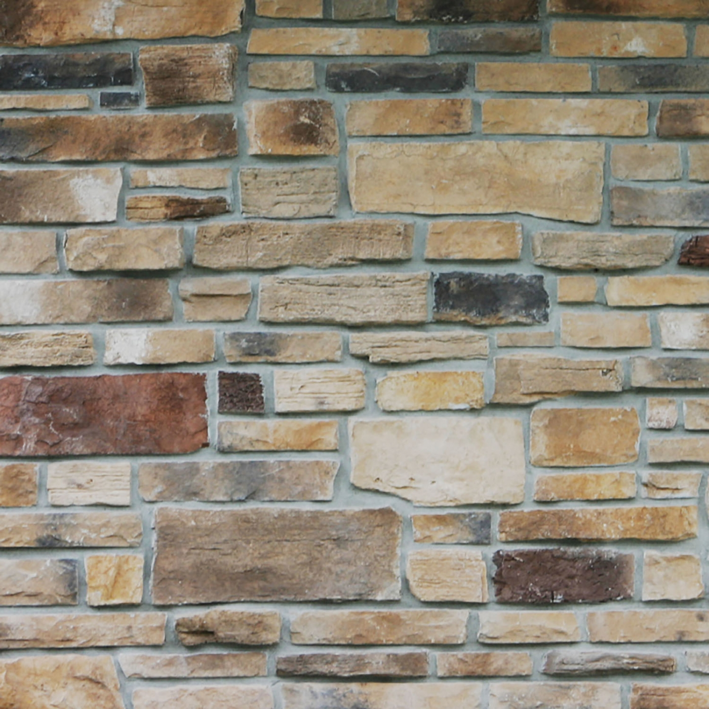 Northwoods Weather Edge Rubble Blend Stone Veneer from Environmental StoneWorks